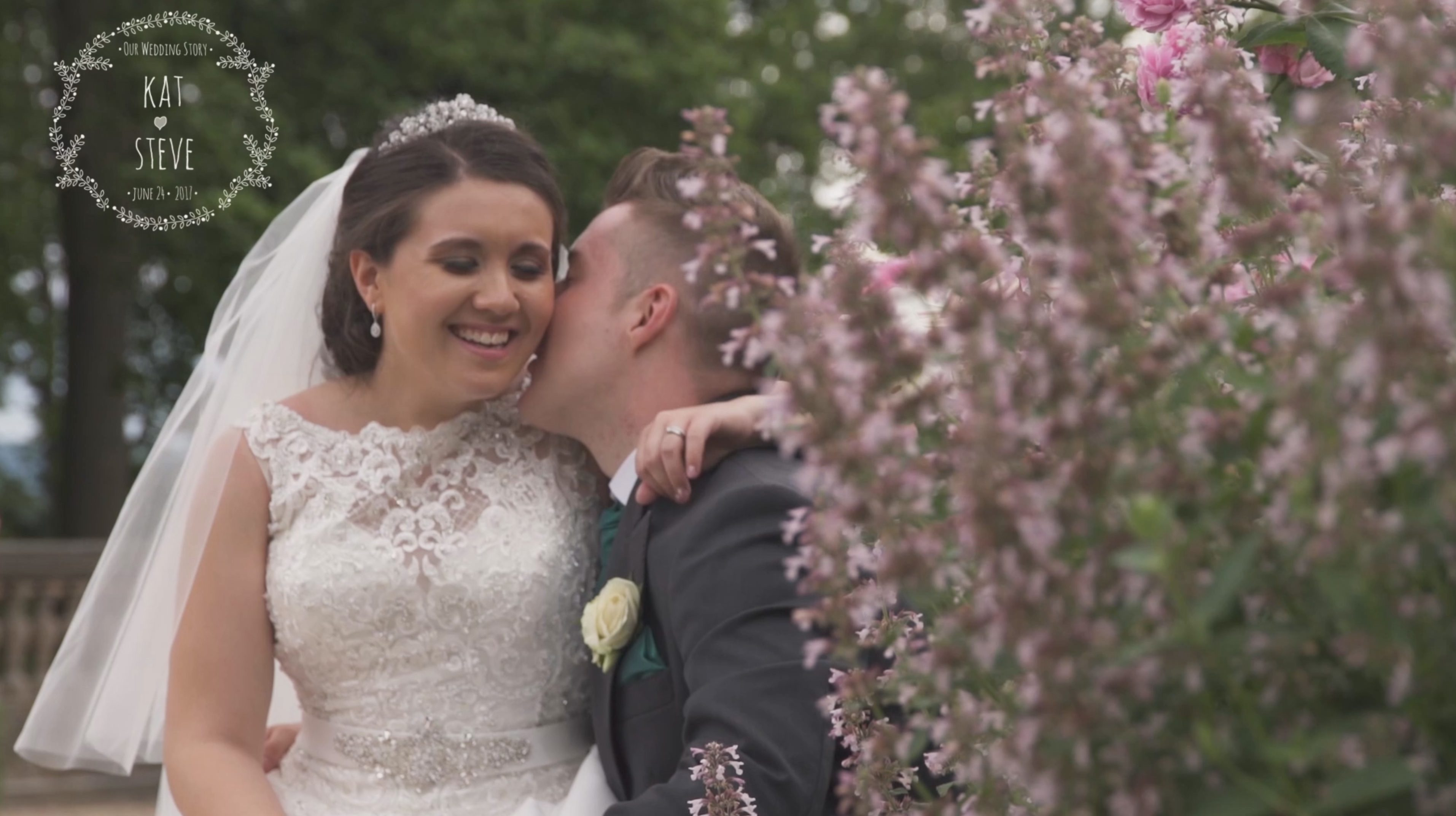 A naturally relaxed wedding day at Wood Norton Hotel, Evesham