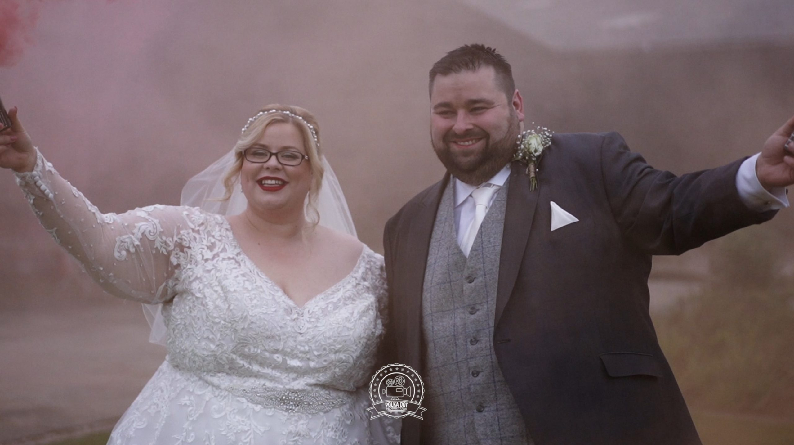 A gorgeous wedding video from Curradine Barns!